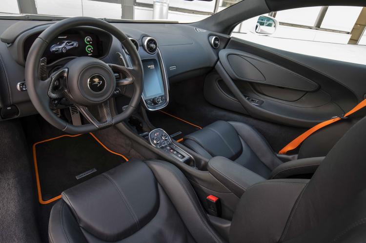 McLaren 540S Stuttgart Cockpit