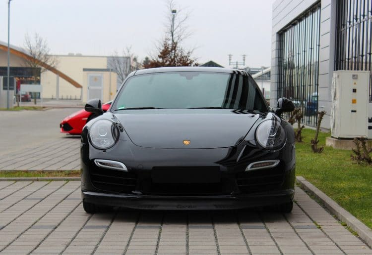 porsche 911 turbo mieten in frankfurt drivar. Black Bedroom Furniture Sets. Home Design Ideas