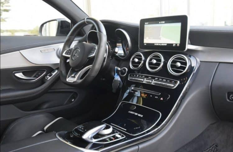 Mercedes-Benz C63S AMG mieten in Frankfurt