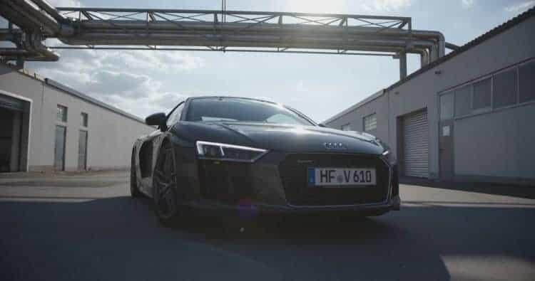 Audi R8 V10 Plus mieten in Bielefeld