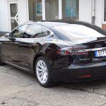 Tesla Model S mieten in Düsseldorf
