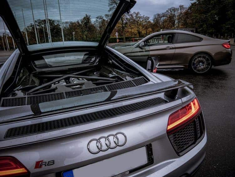 Audi R8 V10 Plus mieten in Berlin