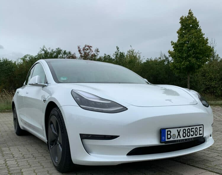 tesla model 3 long range mieten in berlin