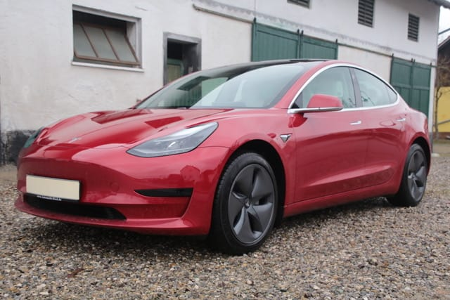 tesla-model-3-sr-plus-mieten-in-augsburg