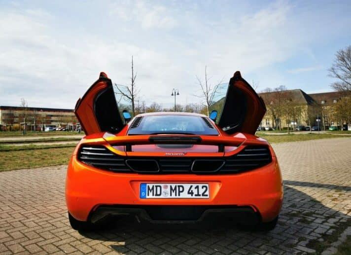 McLaren MP4-12C mieten in Magdeburg