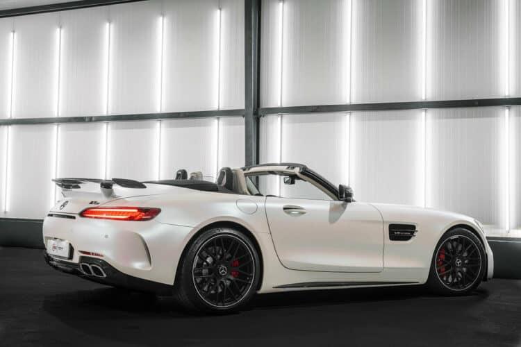 Mercedes-AMG GT C Roadster mieten in Bremen 3
