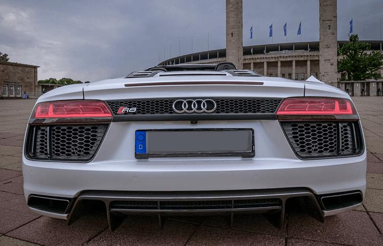 Audi R8 V10 Spyder 3