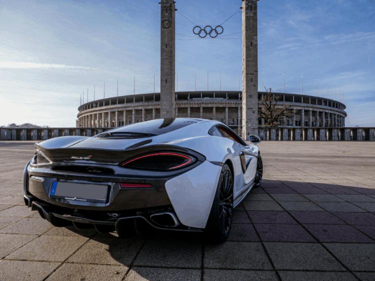 McLaren 570 GT mieten in Berlin 4