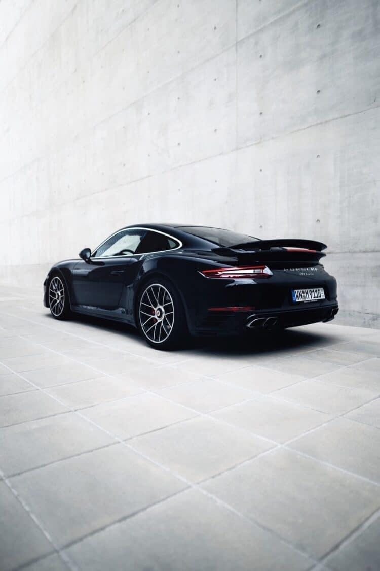 Porsche 911 Turbo mieten in Stuttgart