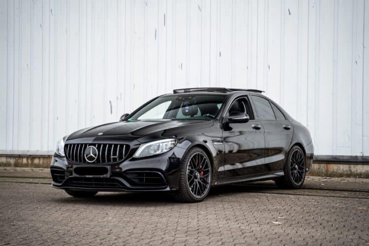 Mercedes-Benz C63S AMG mieten in Minden