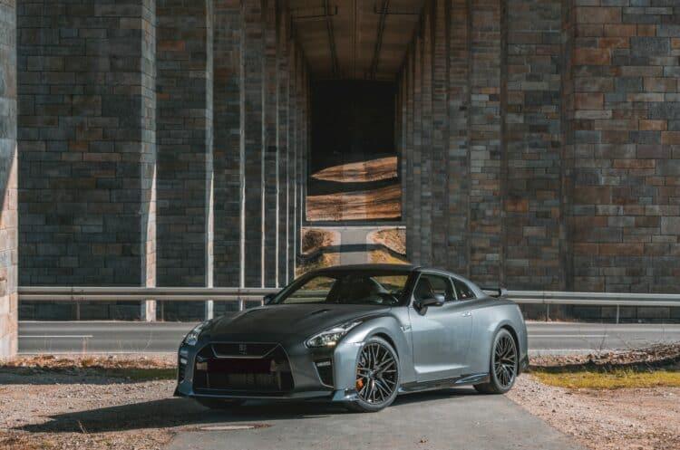 Nissan GT-R Frotansicht