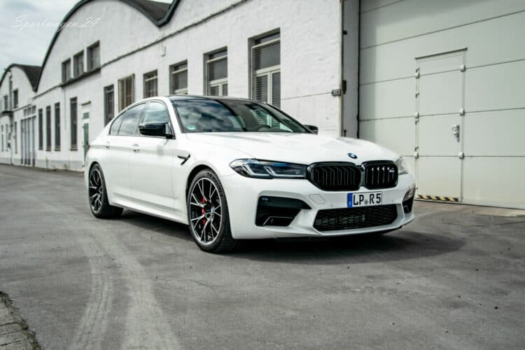 BMW M5 Competition mieten in Paderborn