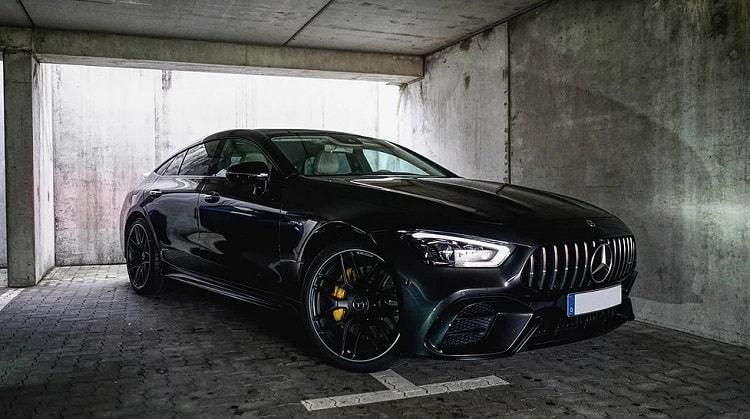 Mercedes AMG GT mieten in Frankfurt