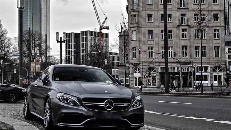 Mercedes C63s AMG mieten in Frankfurt