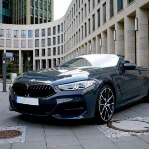BMW M850i mieten in Frankfurt