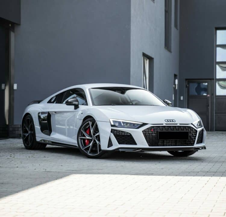 Audi R8 v10 performance mieten in bielefeld